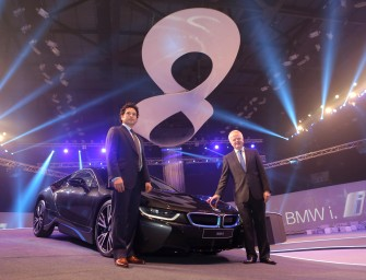 Sachin Tendulkar launched the BMW i8 in India