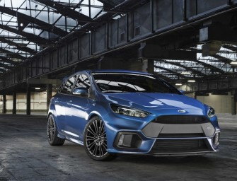 Video: Drifts and Donuts in the Ford Focus RS by Ken Block