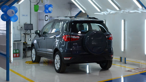 Quality-Check-Bays-at-recently-launched-Ford-Vehicle-Personalisation-Centre-in-Chennai_resized