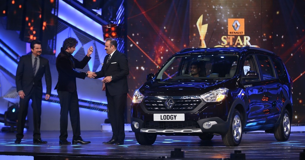 Renault Lodgy at Star Guild Awards_1