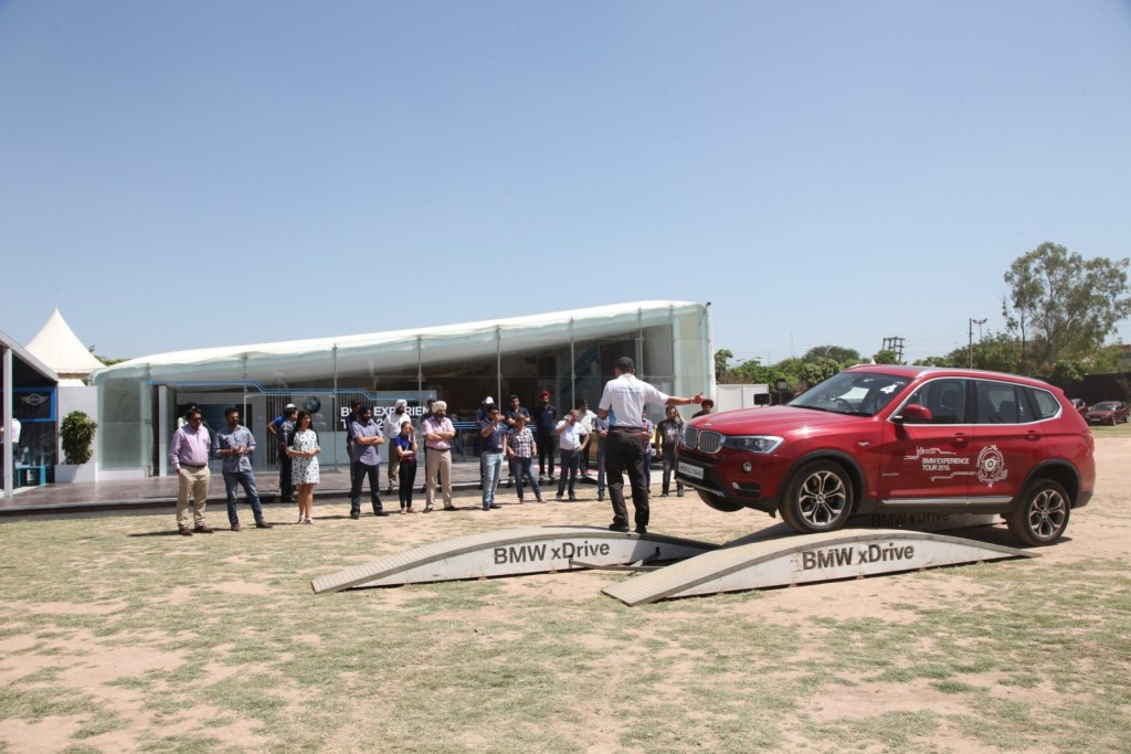 03 Image_Safety briefing at the BMW Experience Tour 2015 in Chandigarh
