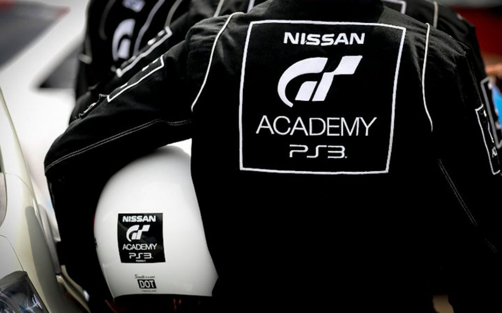 nissan-gt-academy-nomex-and-helmet