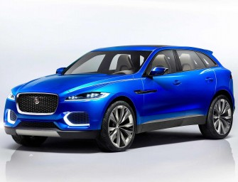ALL-NEW JAGUAR F-PACE SETS GUINNESS WORLD RECORD FOR LARGEST EVER LOOP-THE-LOOP