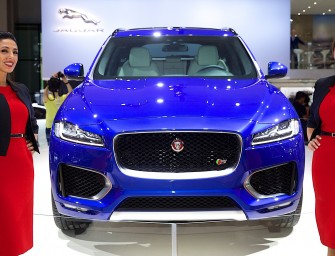 Jaguar Land Rover Shows Off British Innovation at the Dubai International Motor Show 2015