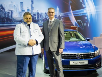 Volkswagen Middle East presents Golf GTI Clubsport concept car at Dubai International Motor Show 2015