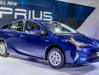 Auto Expo 2016: New Toyota Prius unveiled in India!