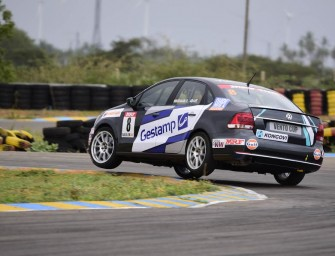 Ishaan Dodhiwala takes victory at the first race of Volkswagen Vento Cup 2016