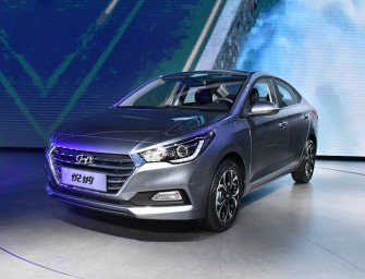 2017 Hyundai Verna unveiled; slated for Indian launch next year
