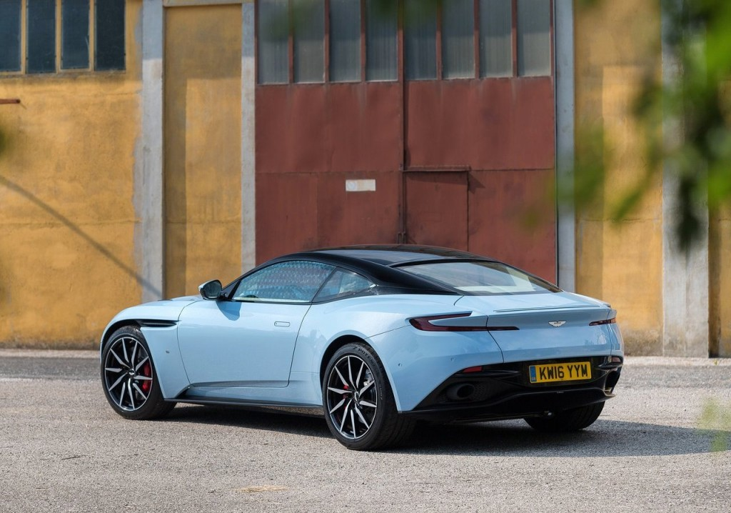 aston_martin-db11_frosted_glass_blue-2017-1280-31