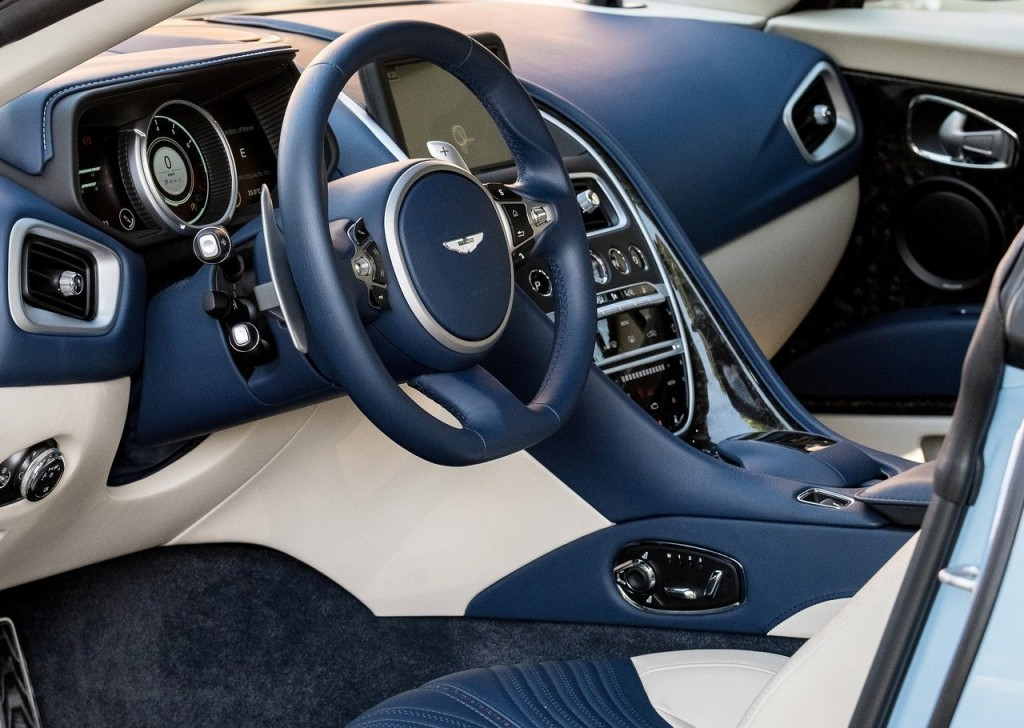 aston_martin-db11_frosted_glass_blue-2017-1280-40