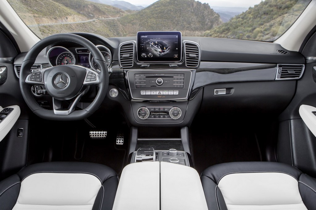 2016-mercedes-benz-gle-dashboard